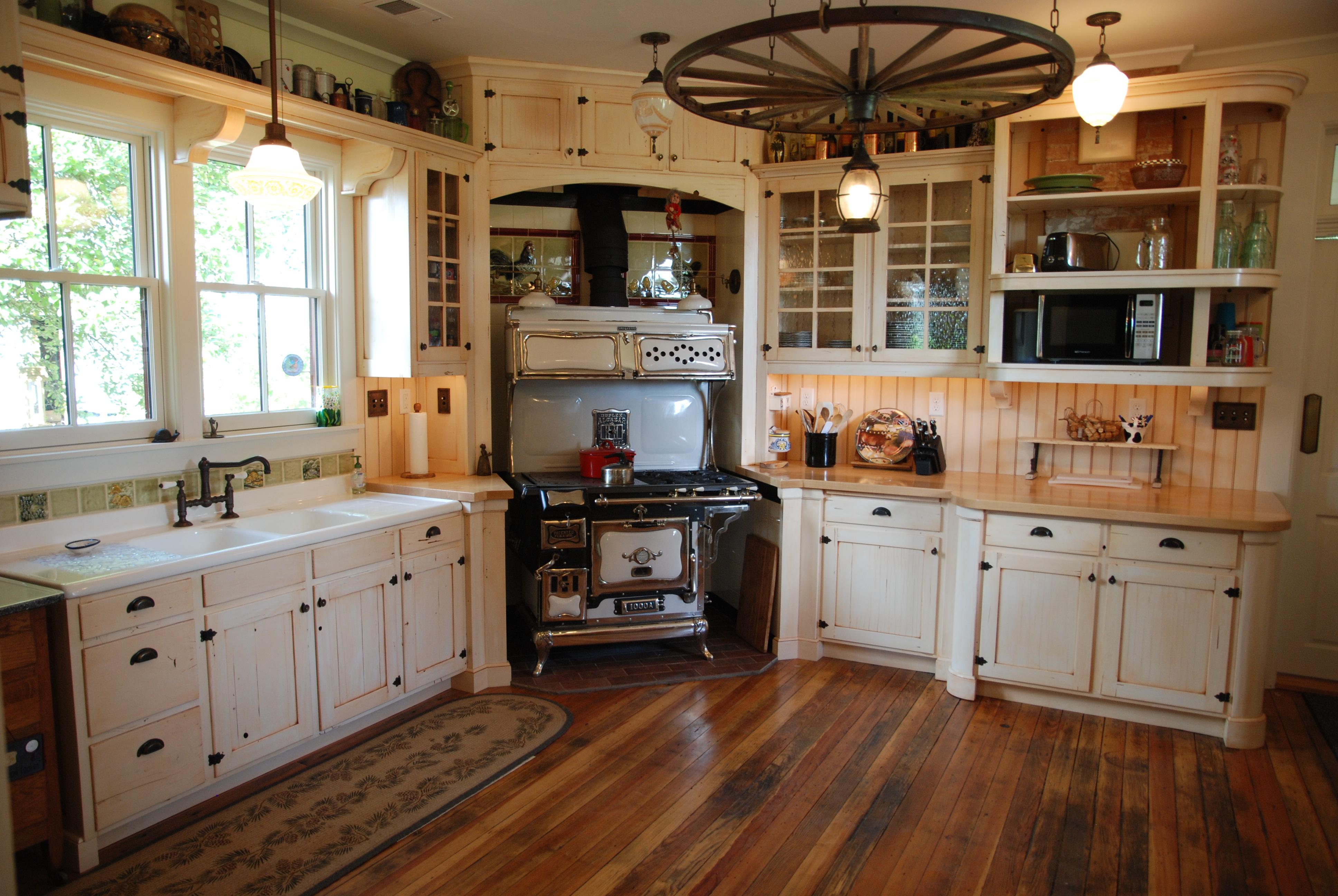Custom cabinetry jordan woodworking boulder longmont for Period kitchen cabinets